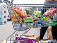 Парламент хочет ограничить шопинг-туризм. В соседних странах недовольны