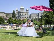Вопрос о легализации однополых браков вынесут на референдум