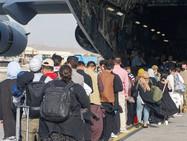 Гражданам Швейцарии, эвакуированным из Афганистана, выставят счёт