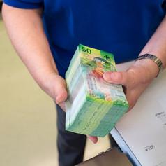 Банкноты номиналом 50 франков