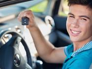 При страховании автомобиля молодые иностранцы платят больше