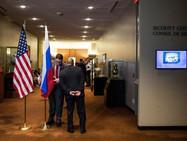 В Женеве началась аккредитация журналистов на саммит Путин-Байден