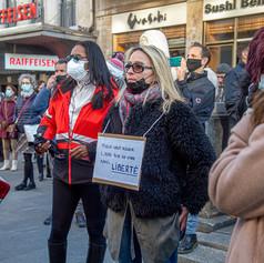 Митинг в Женеве против санитарных ограничений