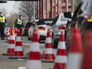 Парламентские партии за ужесточение контроля над въездом в Швейцарию