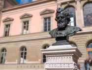 Волна «очищения» докатилась и до Швейцарии. В Женеве требуют убрать бюст Карла Фогта