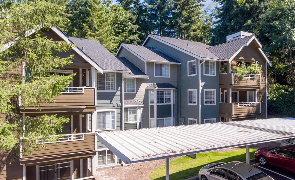 Overlook at Lakemont - Bellevue, WA