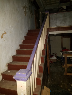 Inside_mid_stairwell