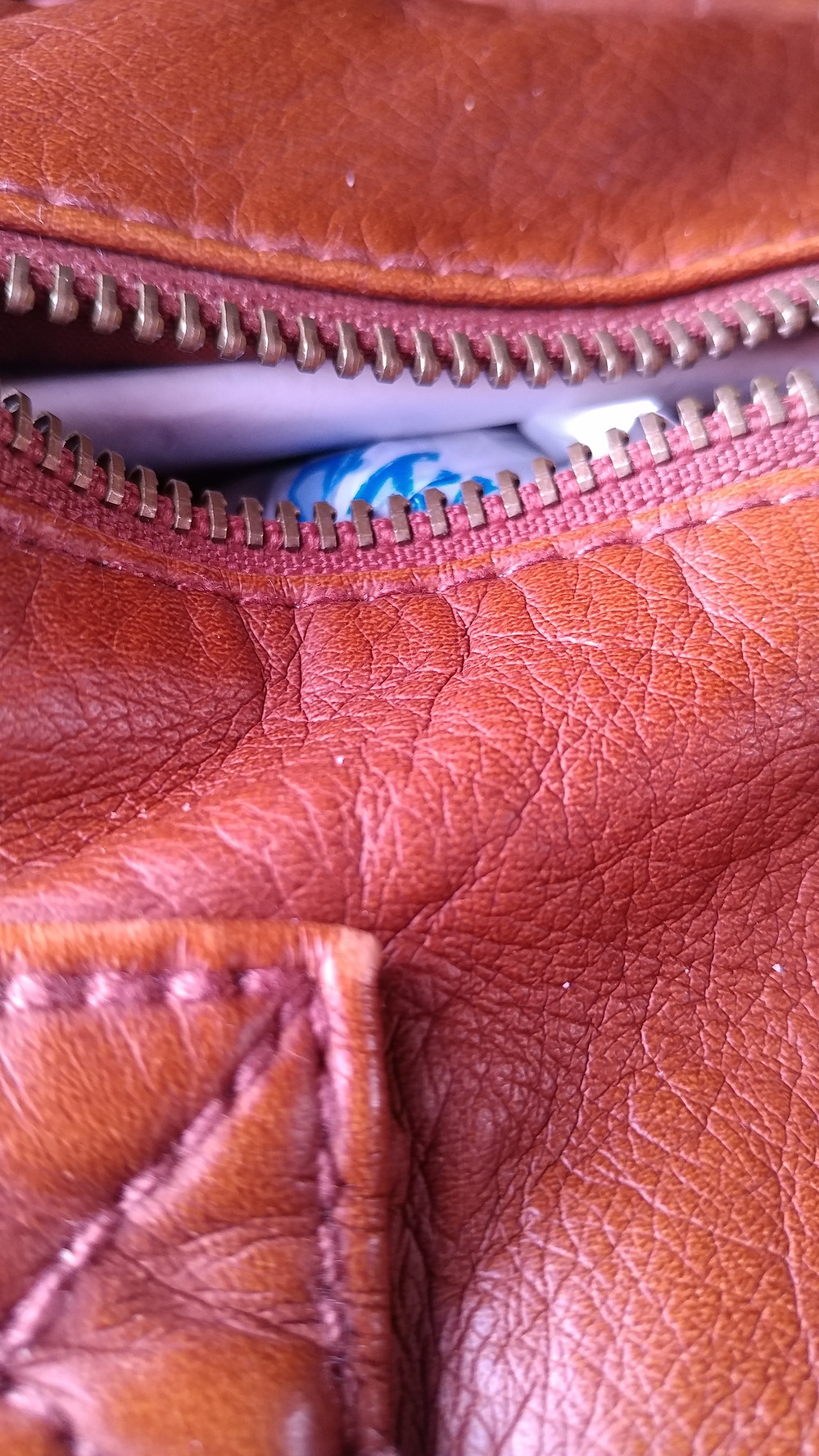 (This is just a photograph of my purse, but the phone camera makes it look glorious)