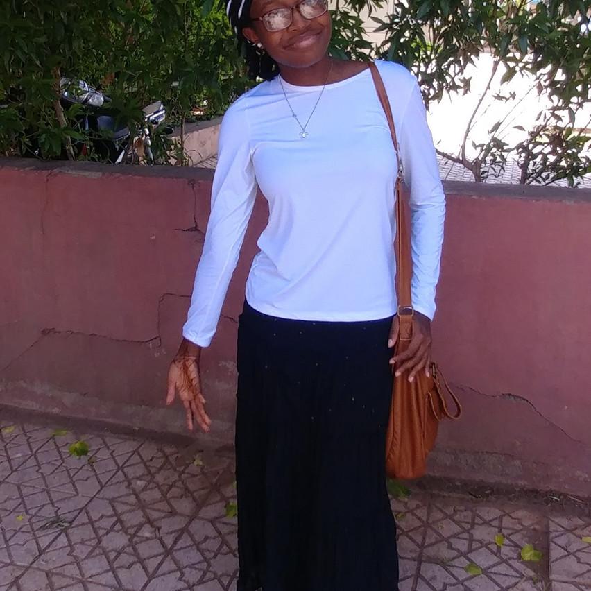 Long skirt and long-sleeved shirt