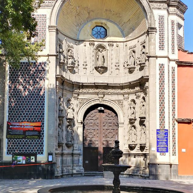 Santa Veracruz Church