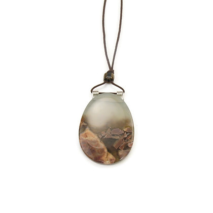 Brown Mexican Agate Oval Pendant 'Bedrock'