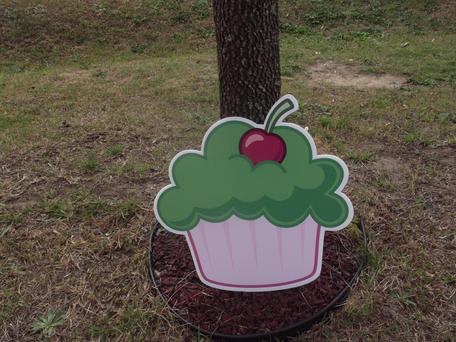 Green Cup Cake.JPG