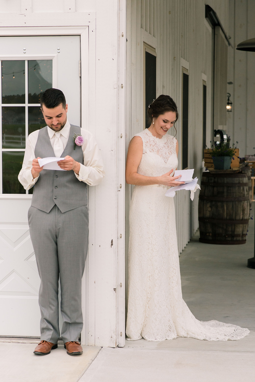 Write a letter to your future spouse on your wedding day for you to remember how special you are to each other. Eastern shore wedding venue designed by photographer.