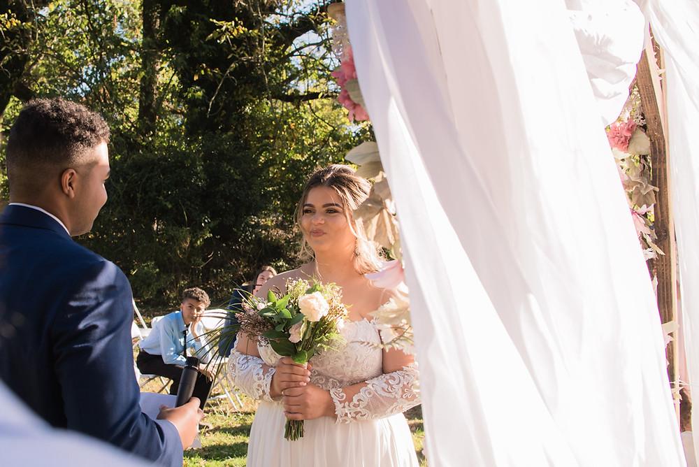 groom reading vows bride tearing delaware state park weddings