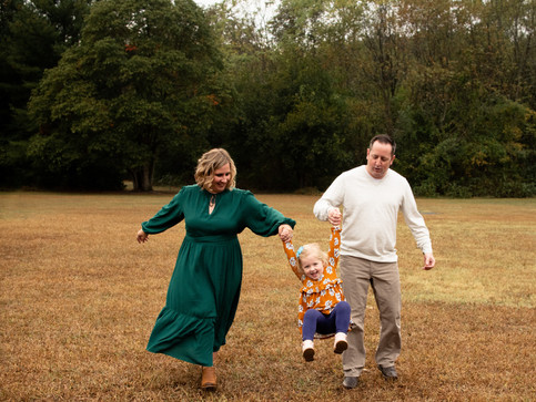 Why to Wear a Dress to Your Family Photo Session - Killens Pond State Park- Delaware