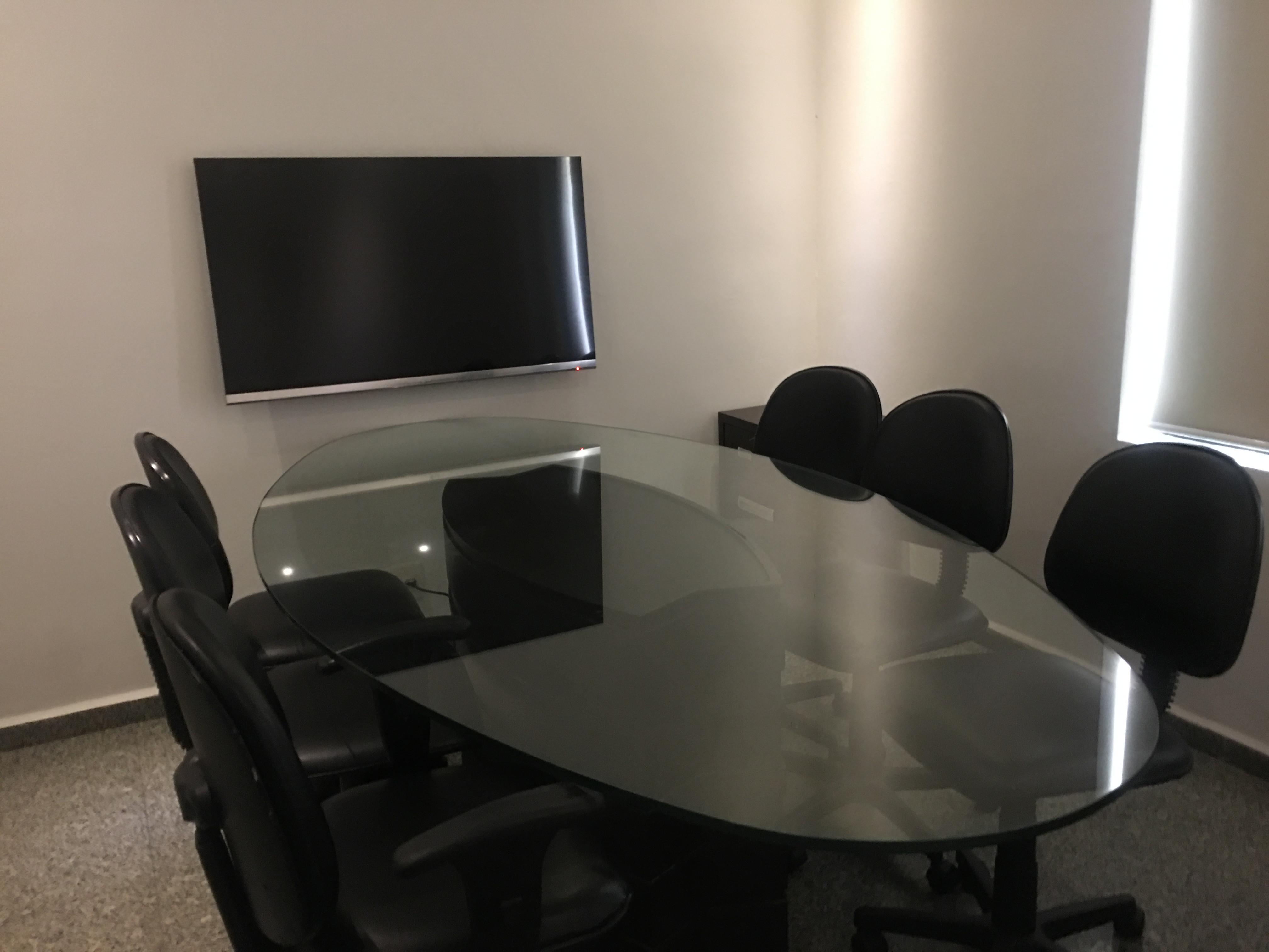 Sala de reunião - 6 pessoas