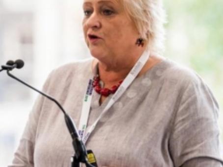 El privilegio de cuidar a las personas mayores con demencia