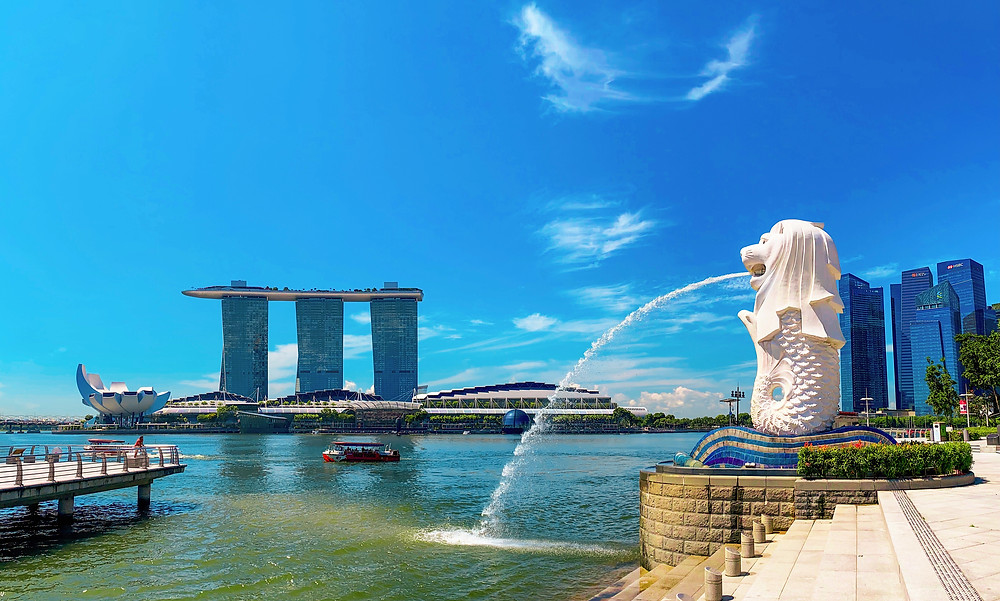 Landscape of Singapore from Merlion Park