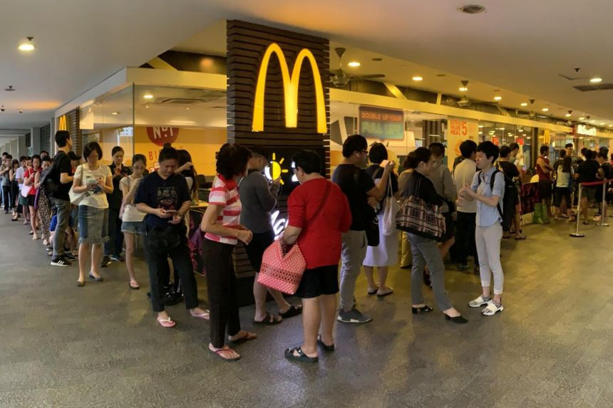 Mcdonald's queue situation in Singapore's Hello Kitty launch.