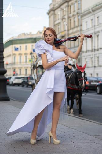 Летние уличные шоу «Впечатляй Петербург»