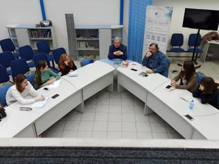 Россия в 2050 году или история о вампирах, ёжиках и вселенской энтропии