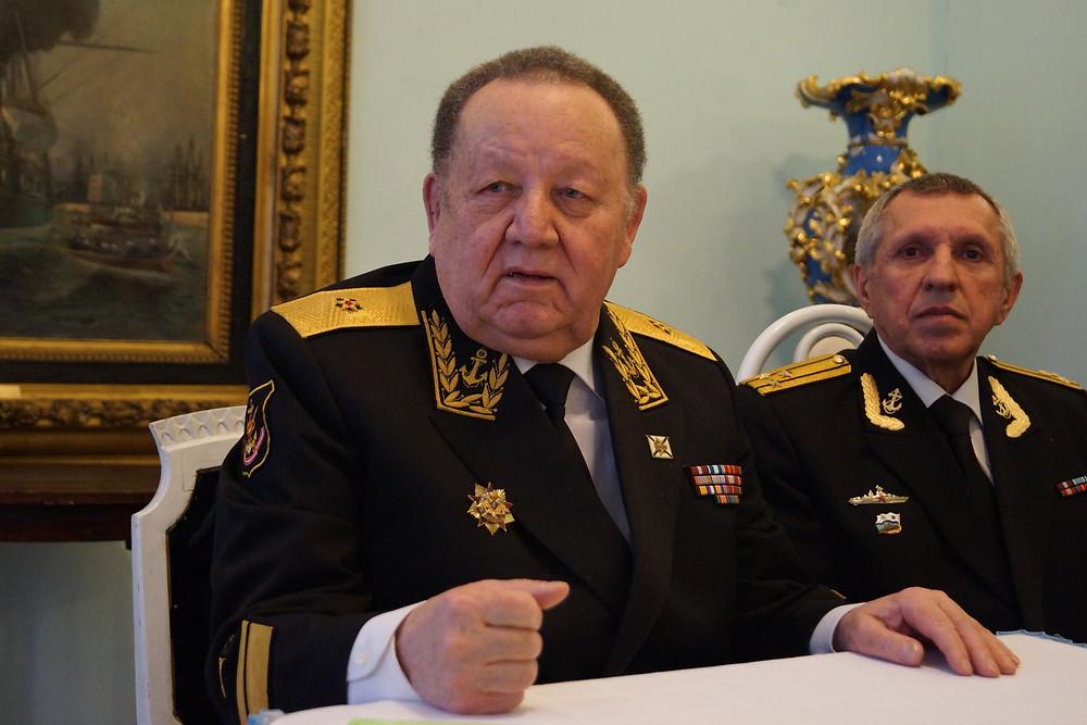 Председатель КМС контр-адмирал Спешилов
