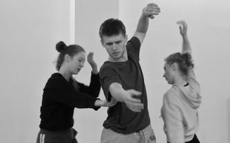 Современный танец транслирует разрушительную силу человека