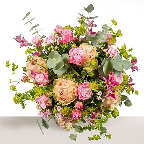 Livrer-des-bouquets-champêtres-artisan-fleuriste-paris