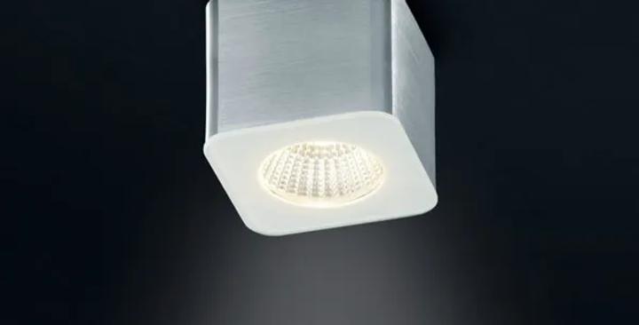 Eckiger LED Deckenaufbauspot (mit Spritzwasserschutz)