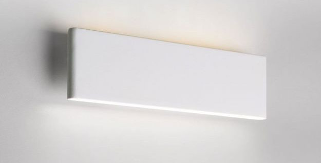 Schmale LED Wandleuchte in weiss oder schwarz