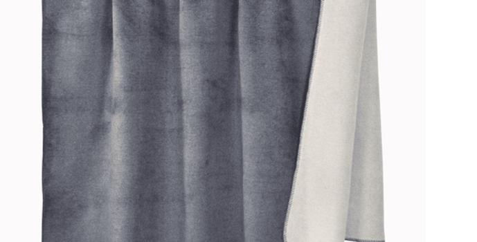 Kuschelige hochwertige Decke - grau
