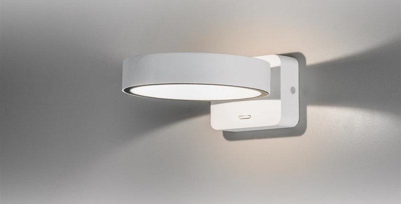 LED Wandleuchte in weiss mit Schalter