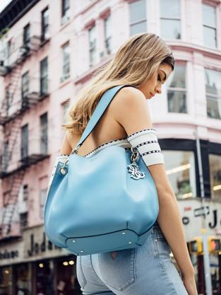 guess handbags ss2018 campaign