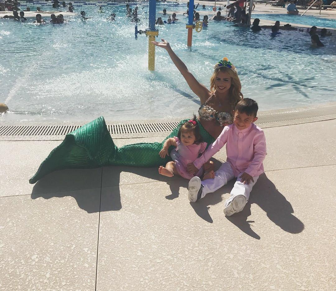waterpark mermaid elle