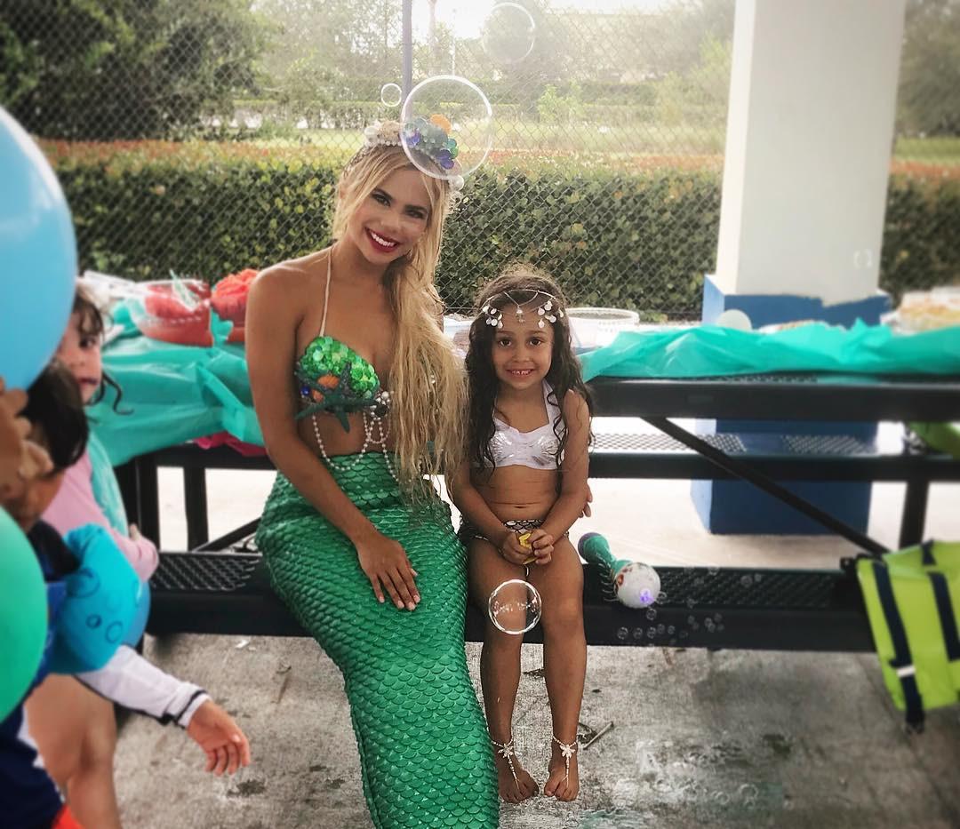 bubbles mermaid elle