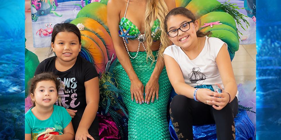 Mini Tour: Take Photos with Mermaid Elle