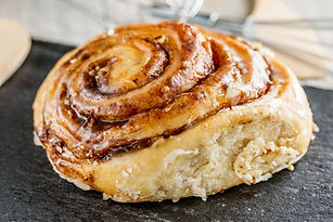 cinnamon roll waitr.jpg
