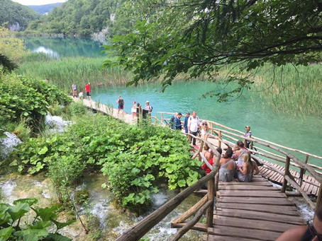 The One Time I Hiked for 7 Hours Straight // Plitvice Lakes, Croatia