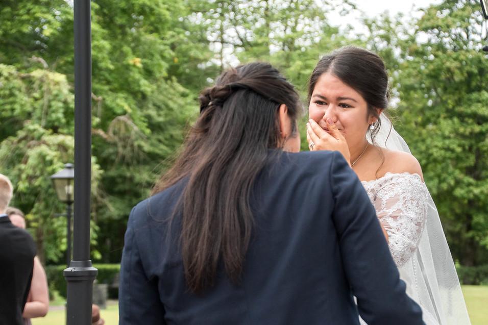 Bröllop i hånger kyrka bröllopsfotografering