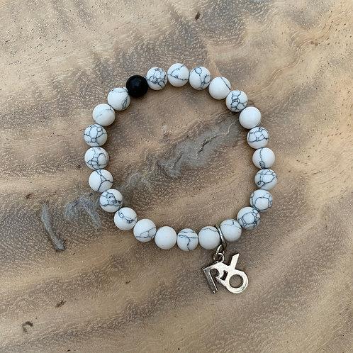 XOXO Bracelet White Carrapateira
