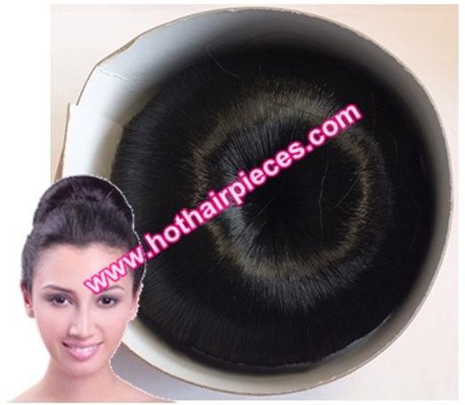 Sleek bun by hothairpieces.com