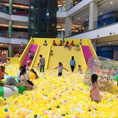 Showcase - Mall