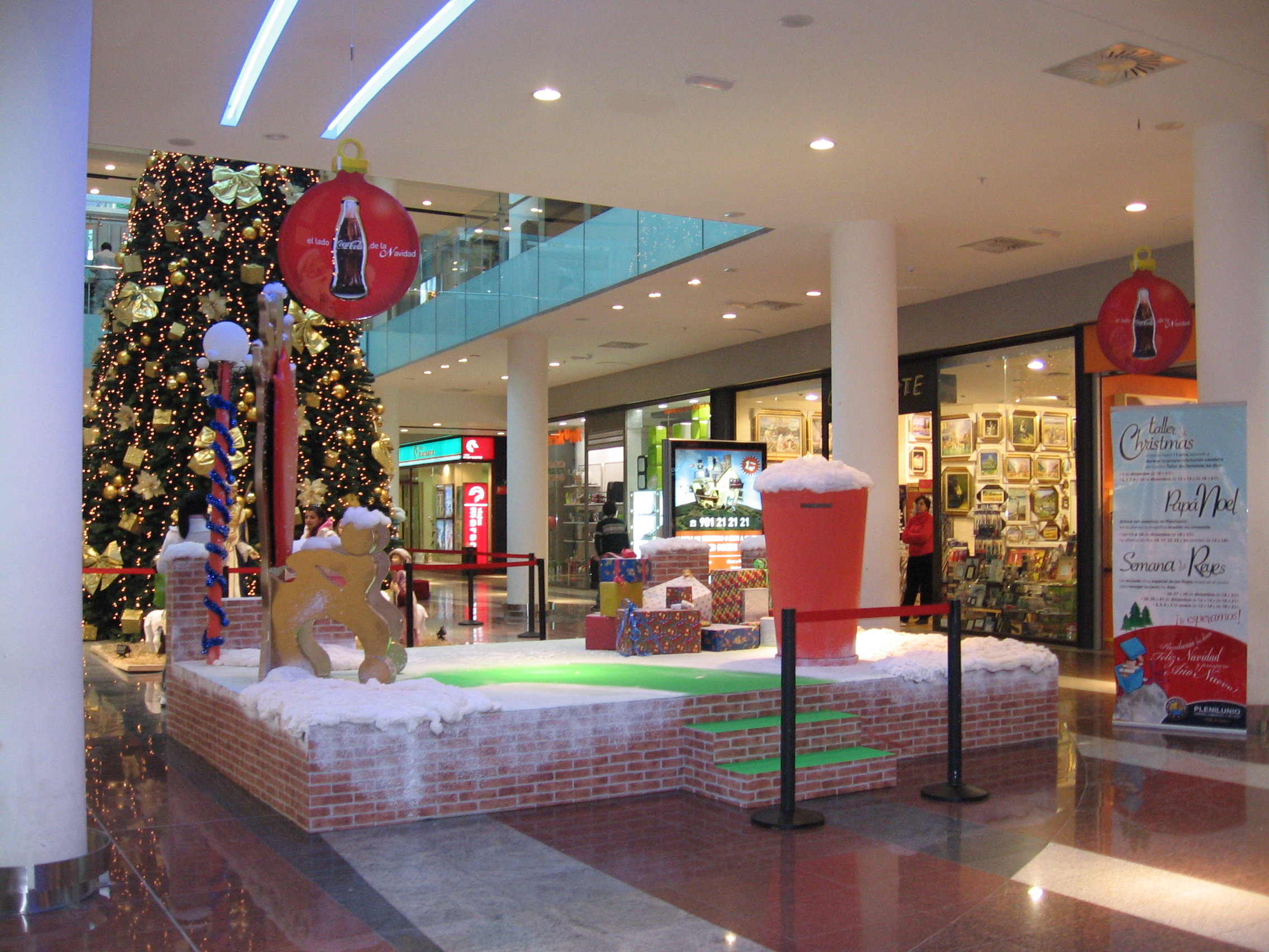 Stand Centro Comercial Coca Cola