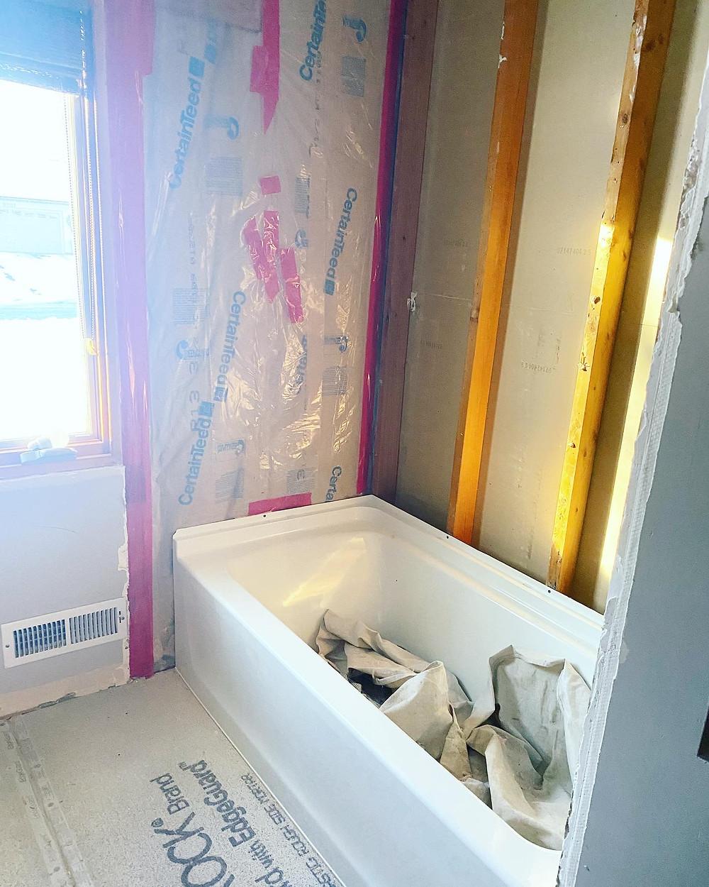 New bathtub   Pinnacle Interior Designs