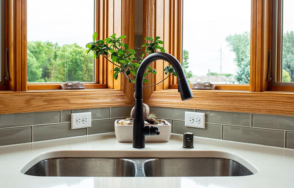 Corner kitchen sink   Pinnacle Interior Designs