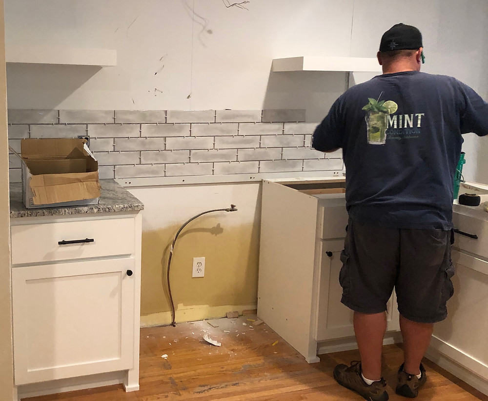 Back splash Installation | Pinnacle Interior Designs