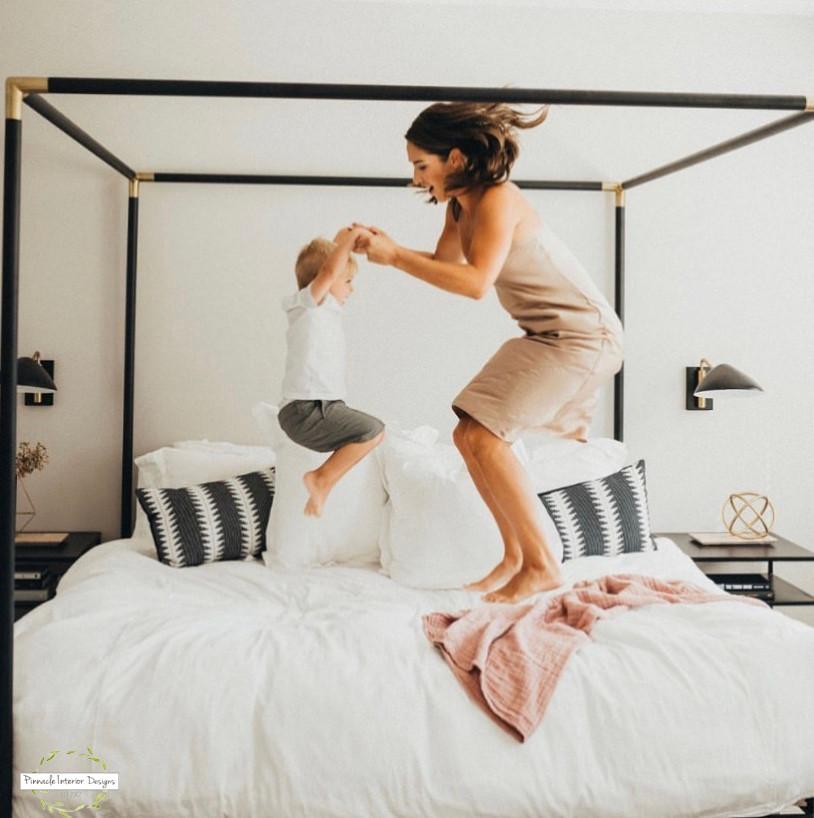 Modern Master Bedroom | Pinnacle Interior Designs