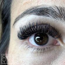 801 Beauty / Lashes anyone?