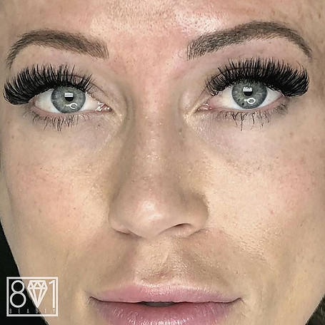 801 Beauty / Brows and Lashes