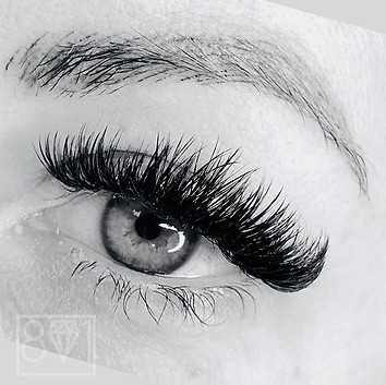 801 Beauty offers Lash Extensions